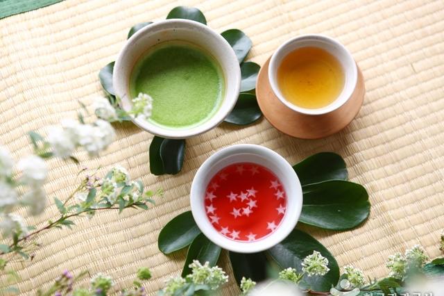Tham gia lễ hội Chasabal ở Mungyeong và thưởng thức trà Hàn Quốc