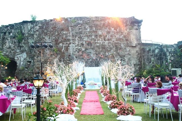 Với khung cảnh nên thơ Baluarte de San Diego còn được nhiều cặp đôi lựa chọn là nơi tổ chức tiệc cưới