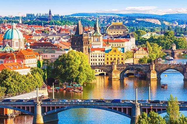 Thủ đô Vienna bên dòng sông Danube êm đềm