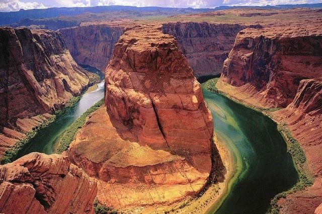 Grand Canyon - một trong 7 kỳ quan thiên nhiên thế giới nằm ở bang Arizona nước Mỹ