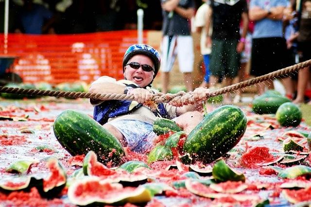 Lễ hội dưa hấu là một sự kiện văn hóa truyền thống ở thành phố Los Angeles