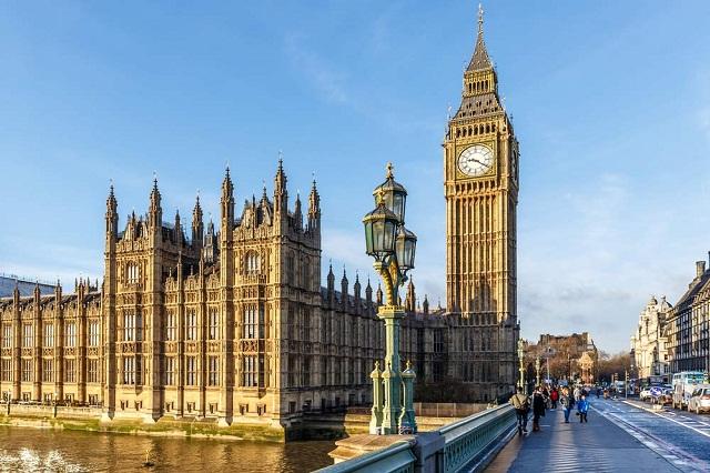 Big Ben có bề dày lịch sử lên đến 150 năm tuổi là điểm du lịch nên ghé của London