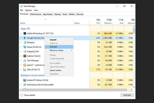 Bạn chọn End Task để khắc phục lỗi đơ laptop